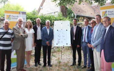 """signature_de_la_ charte_Proreté_forêt_et_ lisière"""" au Pays de Fontainebleau_le_12_juillet_2018"""